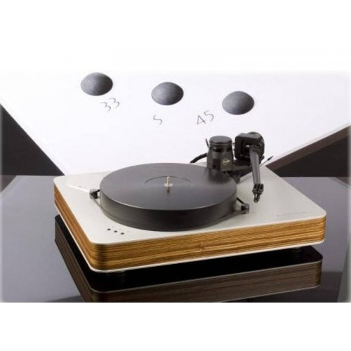 Dr. Feickert Blackbird 2. Turntable.